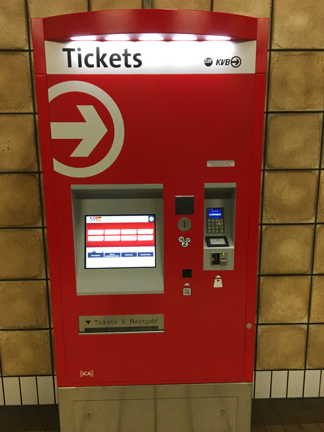 Abbildung Grundlagen einer mobile App - Auf den ersten Blick ein ganz normaler Fahrkartenautomat